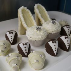 Catering:  Chocolate covered strawberries & stiletto cup cakes