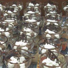 White & dark chocolate mousse